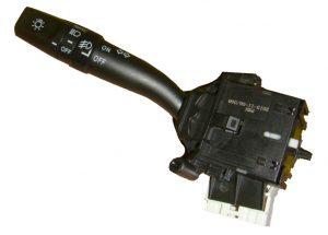 Переключатель подрулевой левый Geely EC-7/X-7/EC-8 1017000657