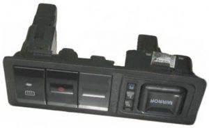 Блок управления зеркалами Geely MK-2 1017000942
