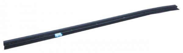 Уплотнитель стекла двери задней правой внутренний Geely X-7 1018010680