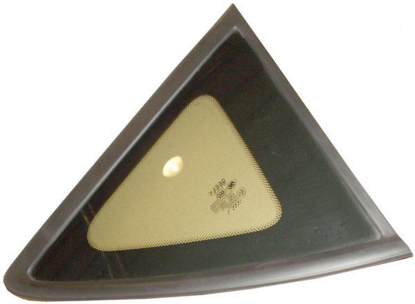 Стекло двери задней правой (глухое) Geely X-7 1018015809