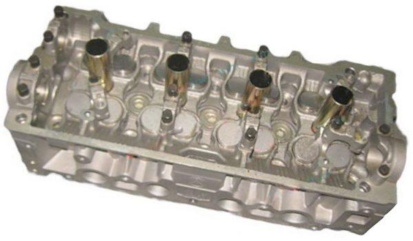 Головка блока цилиндров (1.6 л., Euro III) Geely MK 2010500022