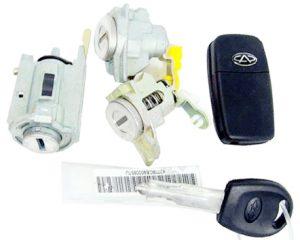 Замки с ключами (к-т) Chery Forza A13 A13-8CB6205400BA