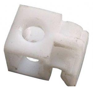 Клипса (крепление) тормозной и топливной трубок (одинарное) Chery Forza/M11 M11-3506023