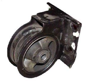 Подушка двигателя передняя (0.8 л.) Chery QQ S11-1001510BA