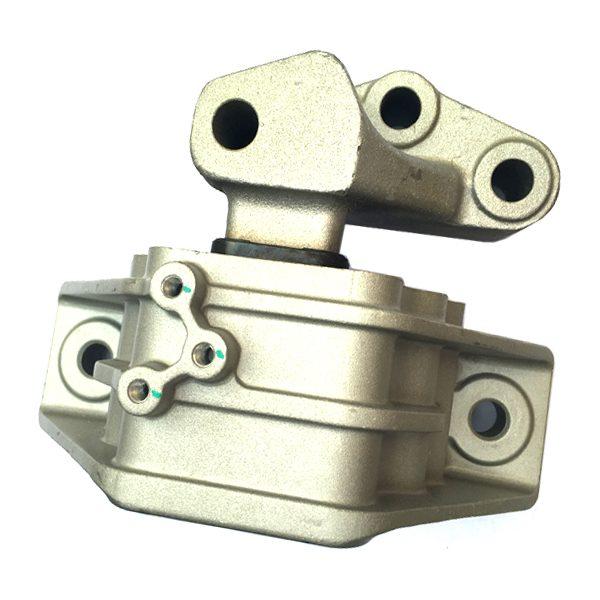 Крепление двигателя и КПП MG 550