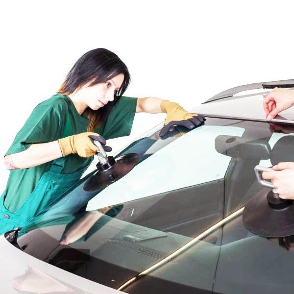 Замена заднего стекла легкового автомобиля под резинку